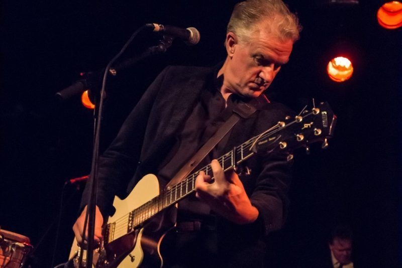 Mick Harvey performs the songs of Serge Gainsbourg, La 2 (Barcelona, )