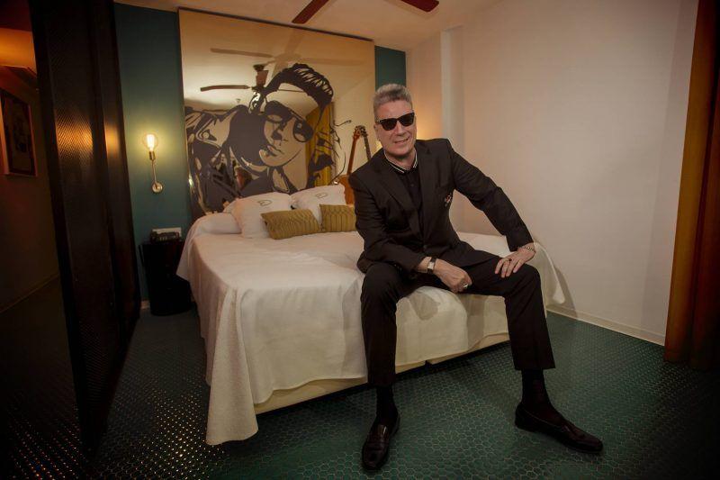 El Hotel Dorado (Ibiza) dedica la 408 a Loquillo
