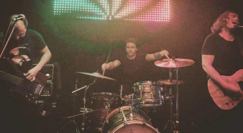 Avance del nuevo disco de Tears in Rain y concierto en Barcelona